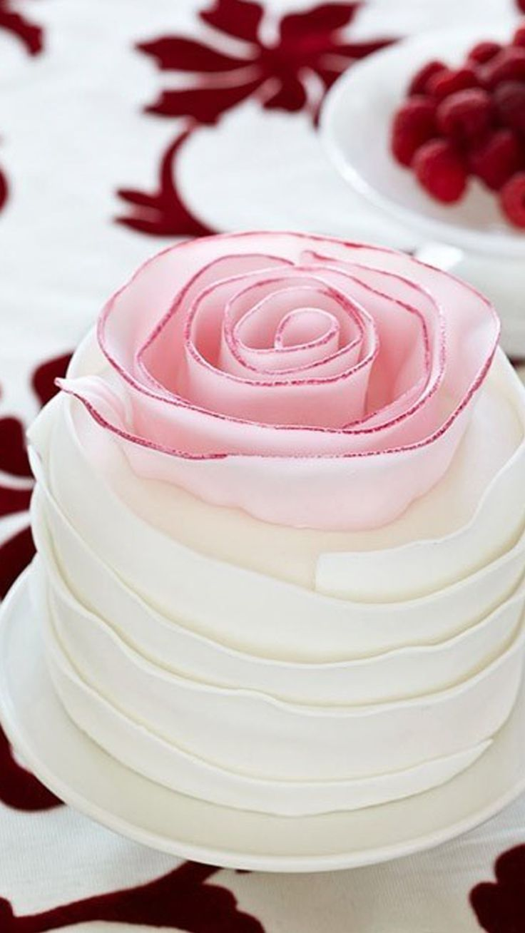 58 best Cakes & Cupcakes images on Pinterest   Decorating cakes ...