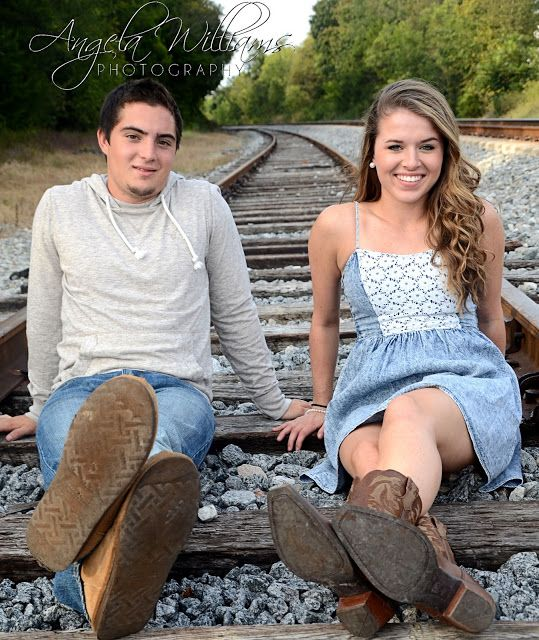 Some of my senior session kids ask to bring their girlfriends or boyfriends to the session for a few pictures...this is one of my favorite pics!!!