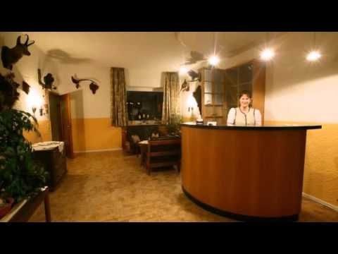 Hotel am Wald - Bad Tölz - Visit http://germanhotelstv.com/am-wald-bad-tolz Boasting wonderful views of the Alps this traditional Bavarian hotel on the outskirts of Bad Tölz offers a newly renovated wellness area and delicious regional cuisine. -http://youtu.be/HHuJs6pCLGQ