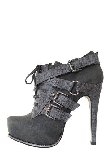 I just ordered these shoes and I can't wait to wear them. Happy Birthday to me!