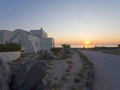 Luxury villas greece Aegean Islands  Santorini Adelante Villa https://www.facebook.com/AquiVillasPrestige
