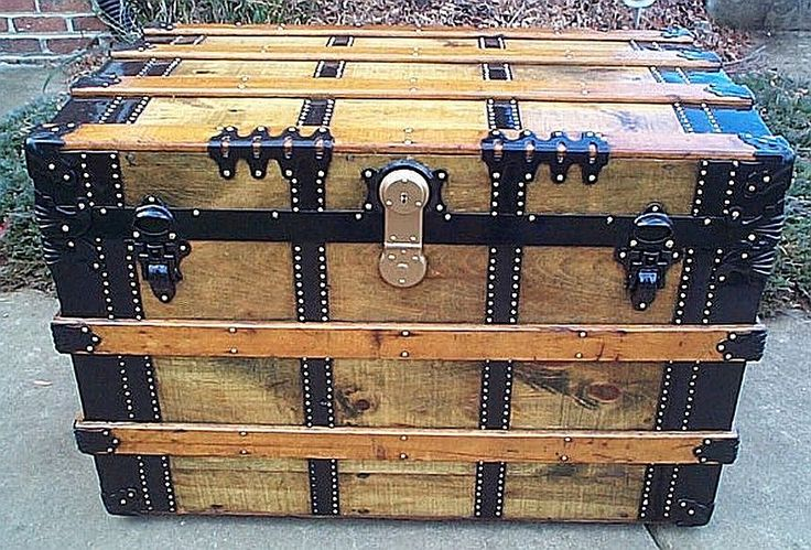346 antique Steamer trunks Victorian era - All Wood, Leather and ...