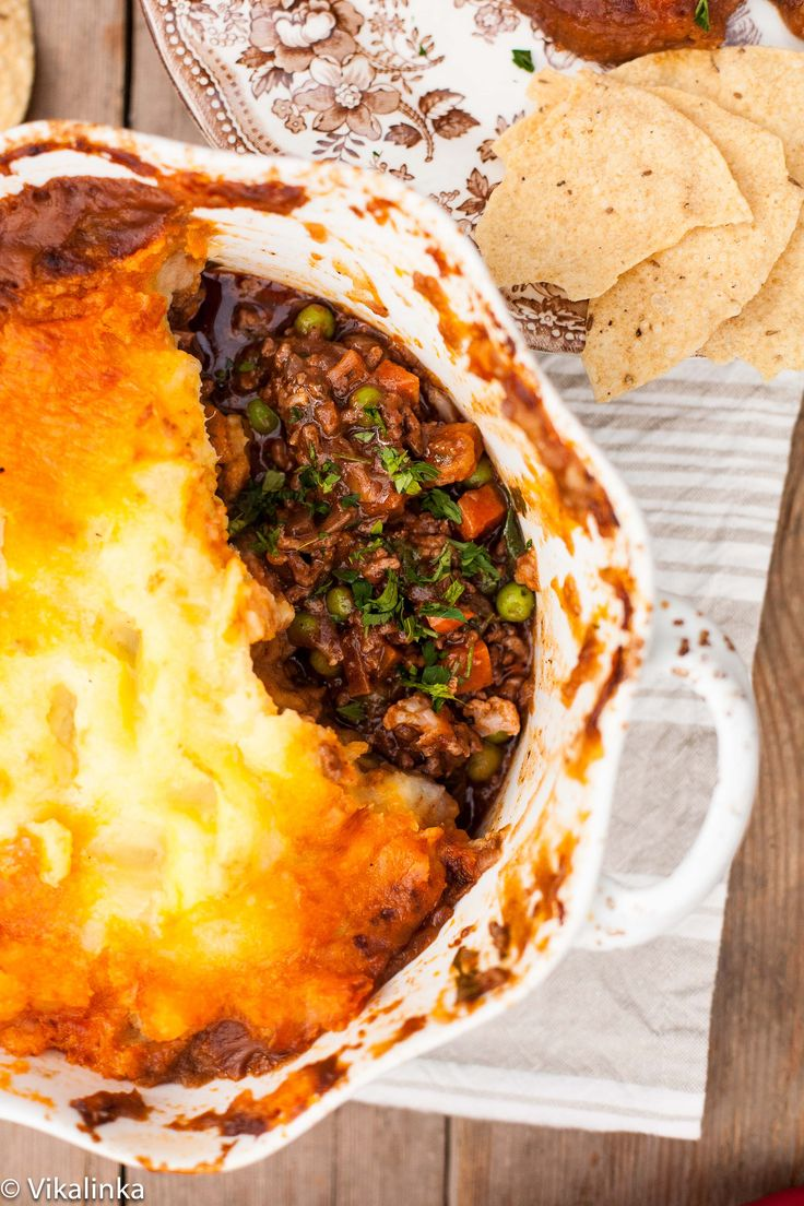 Shepherd's Pie meets Indian curry! Pie like you've never had it before.