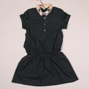 Burberry Zwarte jurk met elastiek in de taille en check kraagje Artikelnummer: 16830