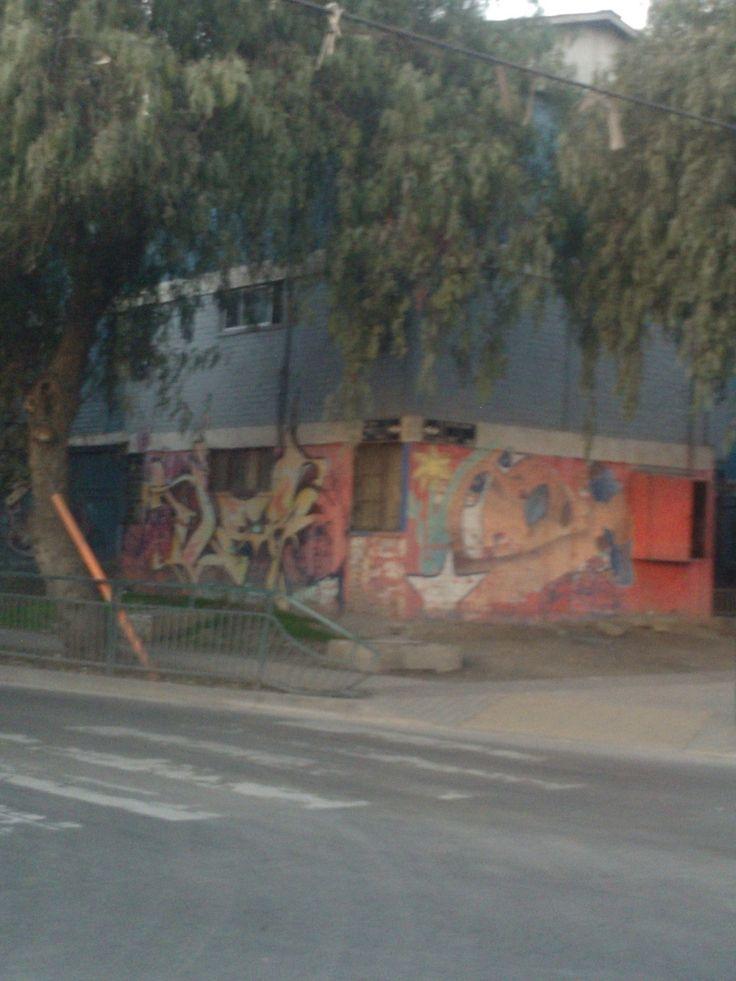 Mural Avenida Central a Metros con Americo Vespucio.Población Valenzuela Llanos, Lo Espejo