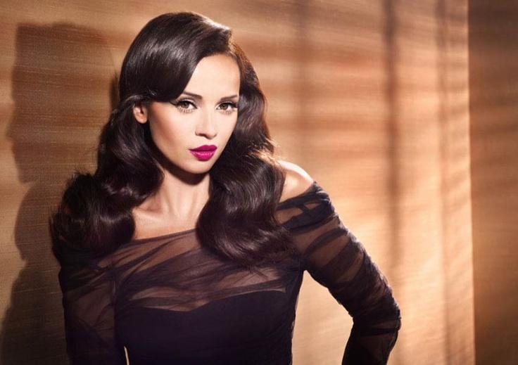 makeup artist PATRYCJA DOBRZENIECKA.ASTOR. foto - ALDONA KARCZMARCZYK. hair - PIOTR WASINSKI