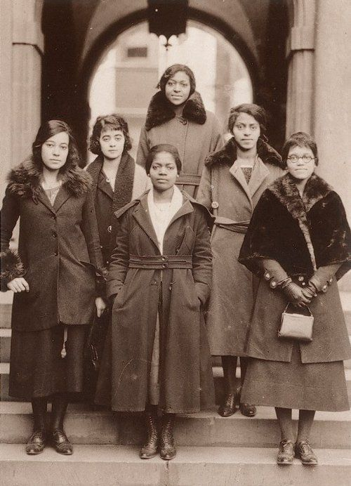 The ladies of Delta Sigma Theta Sorority, the University of Pennsylvania's first Black sorority, 1921.