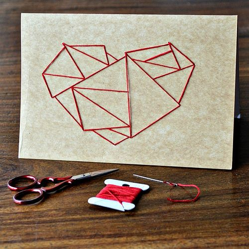 Learn to Stitch on Paper - A Round Up of Paper Embroidery Tutorials / This stitched heart card tutorial is by Pumora on Kollabora.