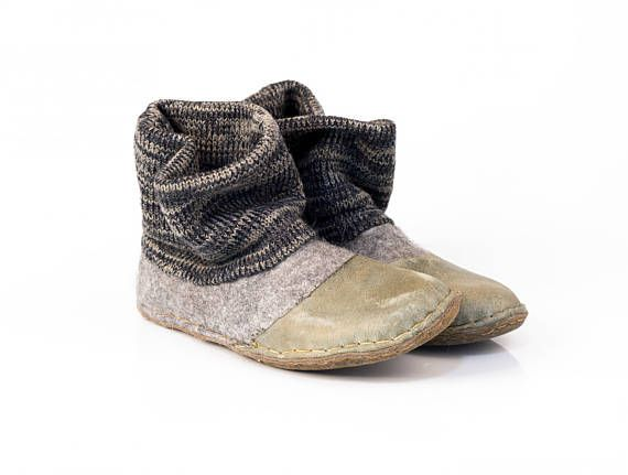 Gray shoes whit knitted top and leather soles Natural felt