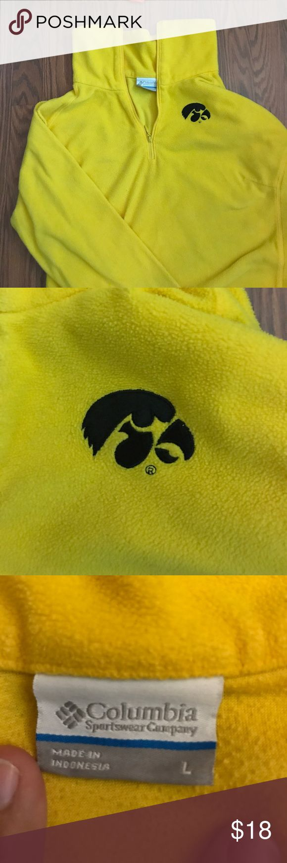 University of Iowa Columbia fleece Calling all Uiowa fans! This fleece is so soft and perfect for the fall and winter months! Has the tiger hawk label on the upper right chest in excellent condition! Columbia Other