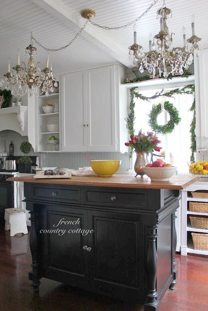 hartville country kitchen best 25 country cottage kitchens ideas on 1585