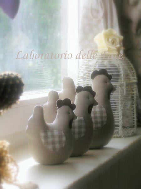 Laboratorio di  cucito creativo, idee di arredamento, minimal chic, restauro mobili, creazioni plastiche, disegno, grafica...