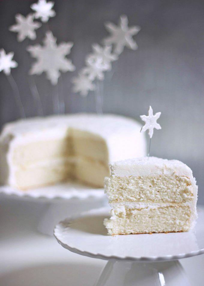 White Christmas Cake w/ Sweet Peony