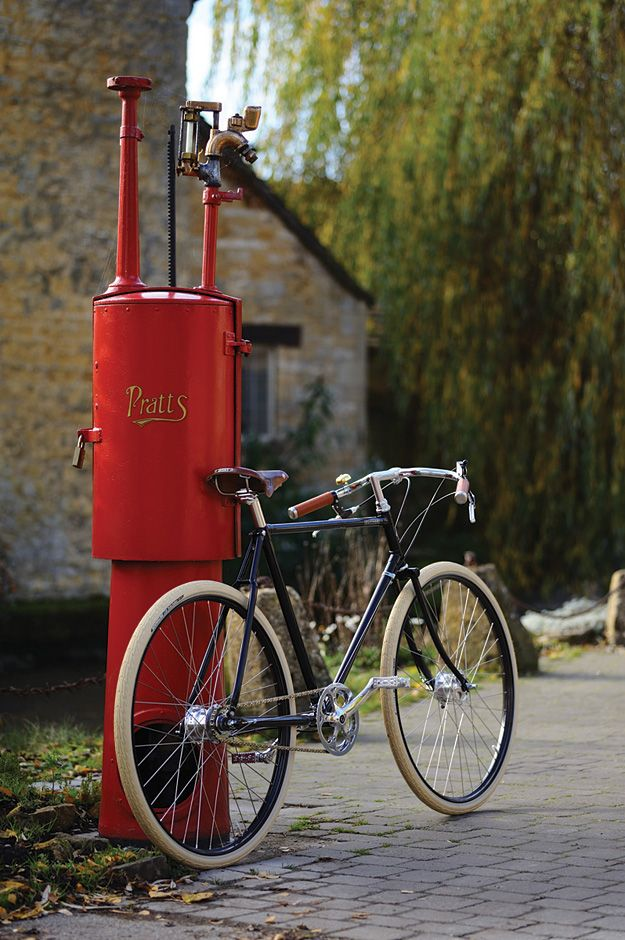 PASHLEY GUV'NOR is a great looking retro bike, sporting durability over weight-saving...