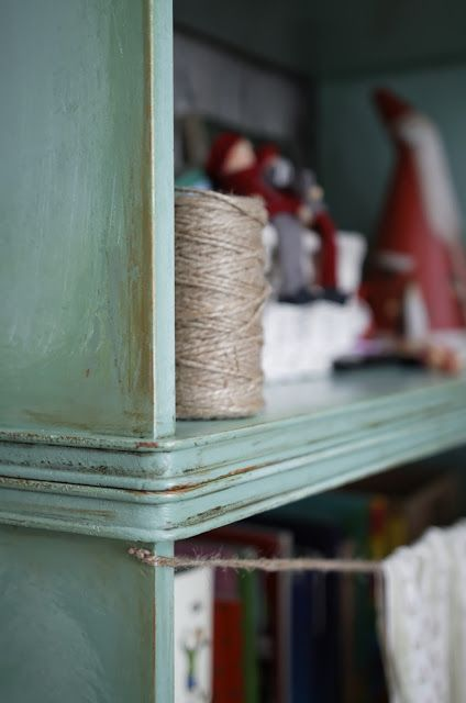 Minty & shabby chic shelves