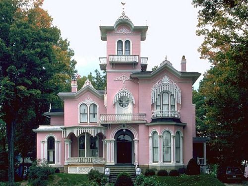 I want a pink house! Probably over Holly's dead body. I heard Helena Bonham Carter and Tim Burton have separate houses and hers is a very proper English Victorian. Now that's an idea!
