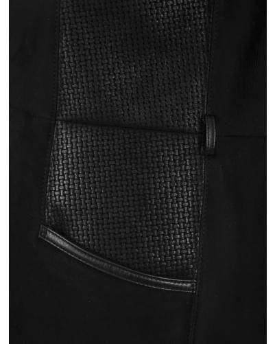 3/4 Peau Lainée Femme Noir Canadienne Griffes : http://www.la-canadienne.com/collection-femme/peaux-lainees-vestes-3-4-entrefino-noir-3-4-canadienne-griffes_4761.html