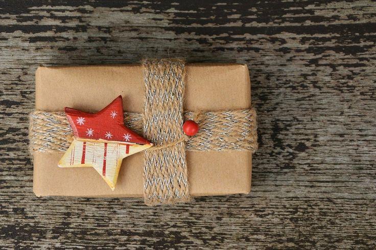 Êtes-vous à la dernière minute (comme moi!) pour magasiner vos cadeaux de Noël? La cohue du temps des Fêtes dans votre centre d'achats vous effraie et vous énerve (comme moi…