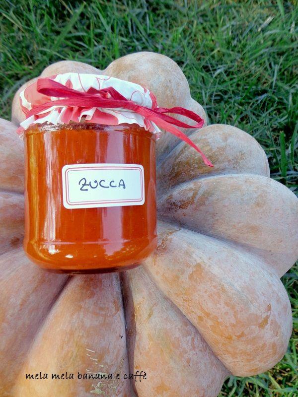 Confettura di zucca. Halloween è passato ma le zucche restano! Che fare con ciò che rimane? Una bella confettura! ideale per accompagnare i formaggi!