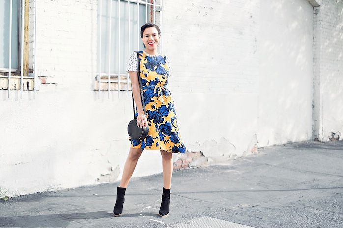 who what wear collection » STYLE ME GRASIE // Polka dot t-shirt and floral print dress from the Who What Wear Collection available at Target. Pair with purse and scarf worn as a belt. // #streetstyle #NYFW #whowhatwear #blogger