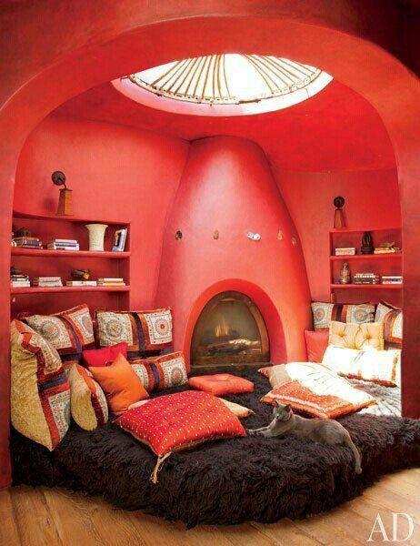 ERMEHGERD! Its a sleepover room~!! :D