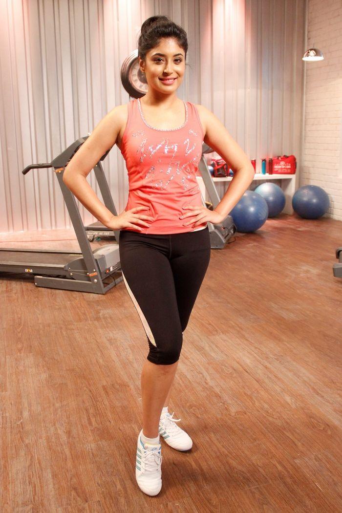 Kritika Kamra #Style #Bollywood #Fashion #Beauty
