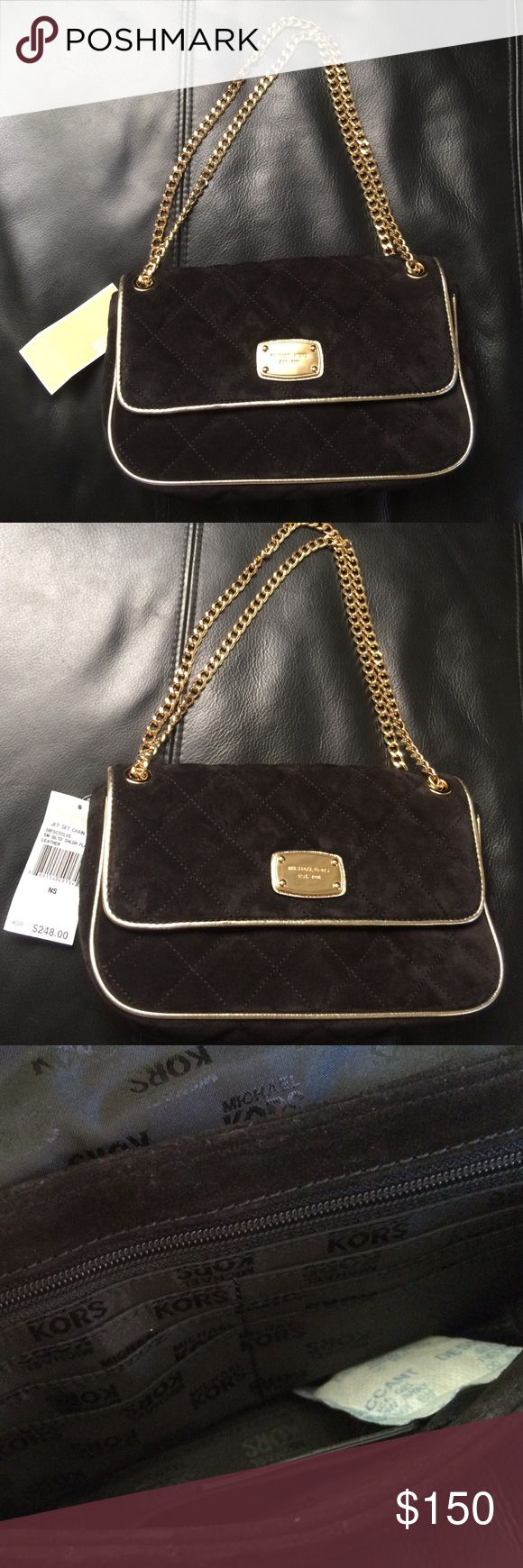 Michael Kors JetSet quilted chain leather bag NWT New with tags! Michael Kors Jet Set Chain item leather shoulder bag. Great condition! Suede/leather with gold chain straps. Michael Kors Bags Crossbody Bags