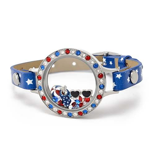 Get this all-American look for your Fourth of July! Shop this look at http://rosag.origamiowl.com Follow me on Facebook for more locket ideas and inspiration:  http://facebook.com/rosago2
