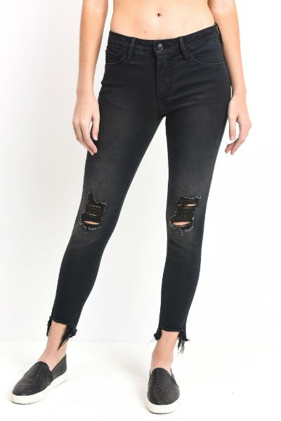 69a4771fe93e4 10 Fashion Mistakes Every Short Girl Should Avoid   Thời trang   Petite  jeans, Jeans, Best petite jeans