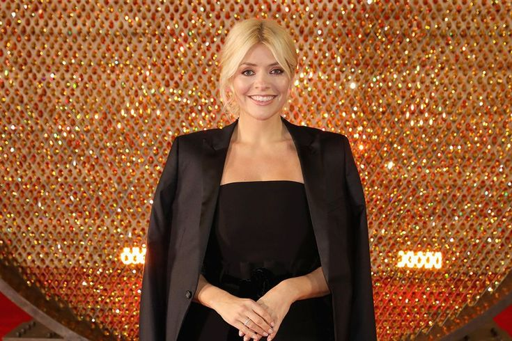 Is Holly Willoughby turning in to an Instagram style sensation?