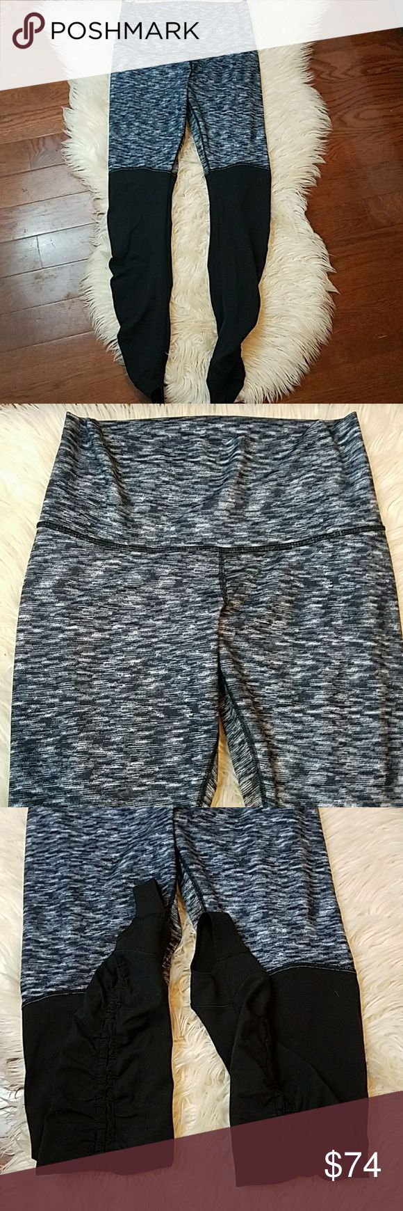 LULULEMON Stirrup Legging Dramatic Static Blk/Gry Lululemon wunder under stirrup leggings restored dramatic static black and grey.    Excellent condition! No piling or flaws.   Size 10 lululemon athletica Pants Leggings