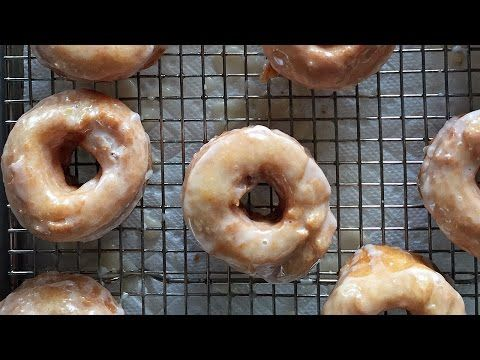 Alton Brown Shows How to Make His Unique Glazed 'Bonuts', Donuts Made From a Biscuit Recipe