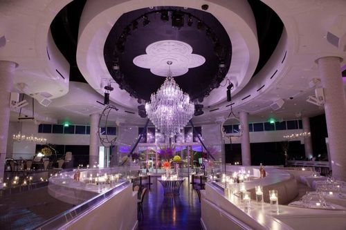 Tropicana Las Vegas - I want this stunning room:)