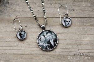 Komplet biżuterii ze zdjęciami rodzinnymi