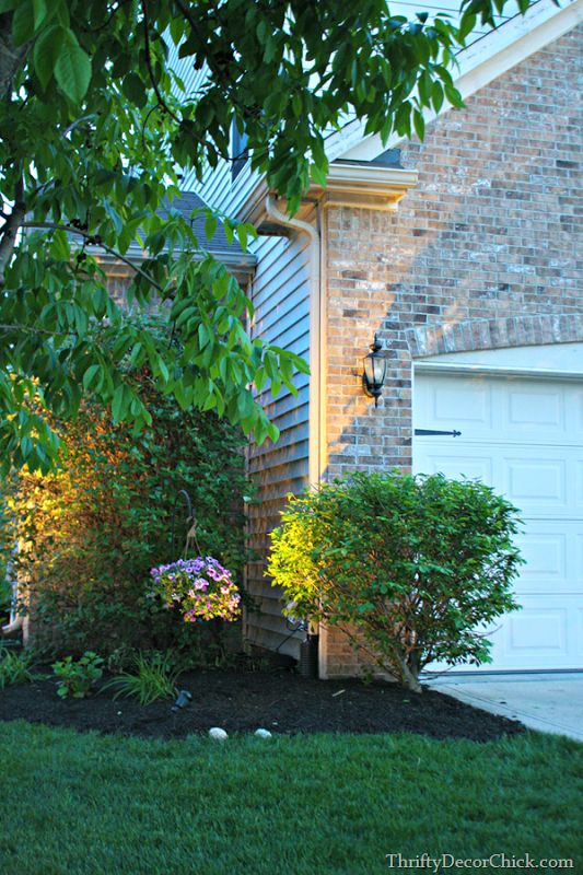 diy landscaping lighting tutorial