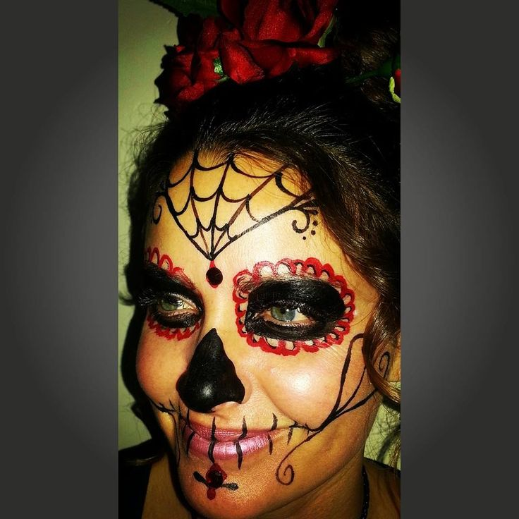 Simple Sugar Skull | Face and Body Painting Designs ...