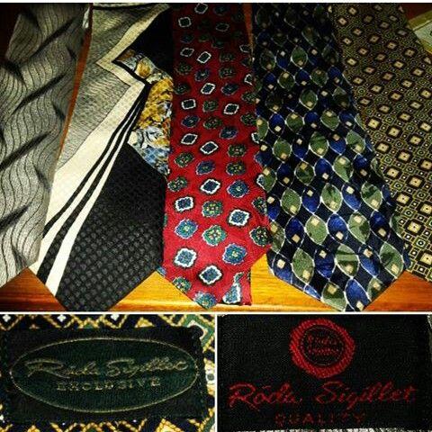 #vintagestyle #menswear #tie #vintagetie #secondhand #fleematketfinds #slipsar #loppisfynd #vintageslipsar #vintagemenswear #1940s #1950s #1960s #rödasigillet #rodasigillet