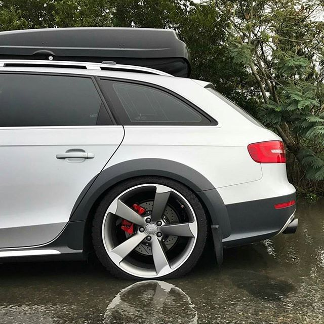 Audi A4 Avant Allroad on S-line wheels