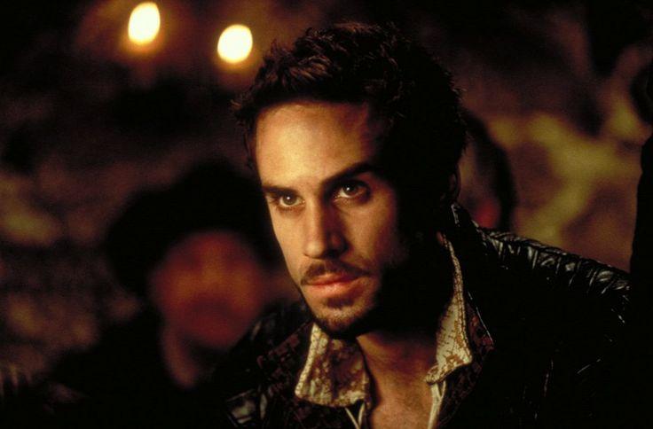 Hova tűnt Joseph Fiennes, a Szerelmes Shakespeare főhőse? https://www.tvgo.hu/cikk/1600487_hova_tunt_joseph_fiennes_?utm_source=fb&utm_medium=fb-szpp&utm_campaign=fbc