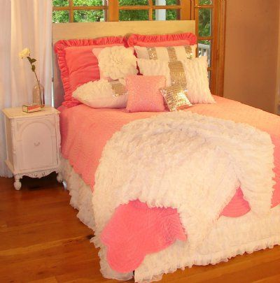 glitz and glamour pink teen bedding