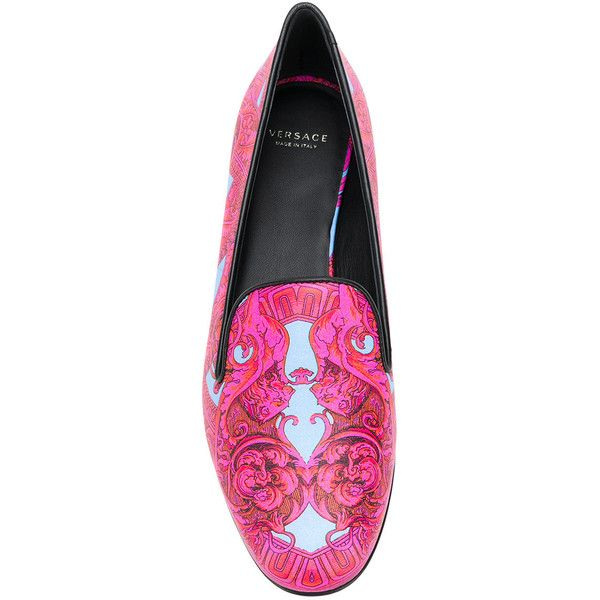 Versace Baroccoflage print loafers ($681) ❤ liked on Polyvore featuring shoes, loafers, slip-on loafers, blue leather shoes, leather shoes, blue slip on shoes and blue loafers