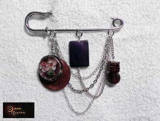 safety pin brooch