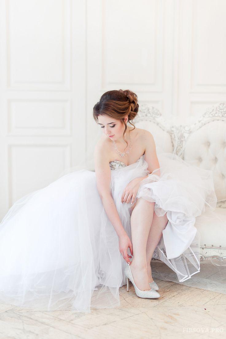 Bride, Russian Cinderella  in Crystal shoes VivaBride