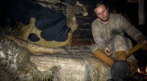 Εξωραιστικος Συλλογος Οικισμου Οτε Δηλεσιου : Πέρασε 6 μήνες ζώντας σε συνθήκες του 10ου αιώνα