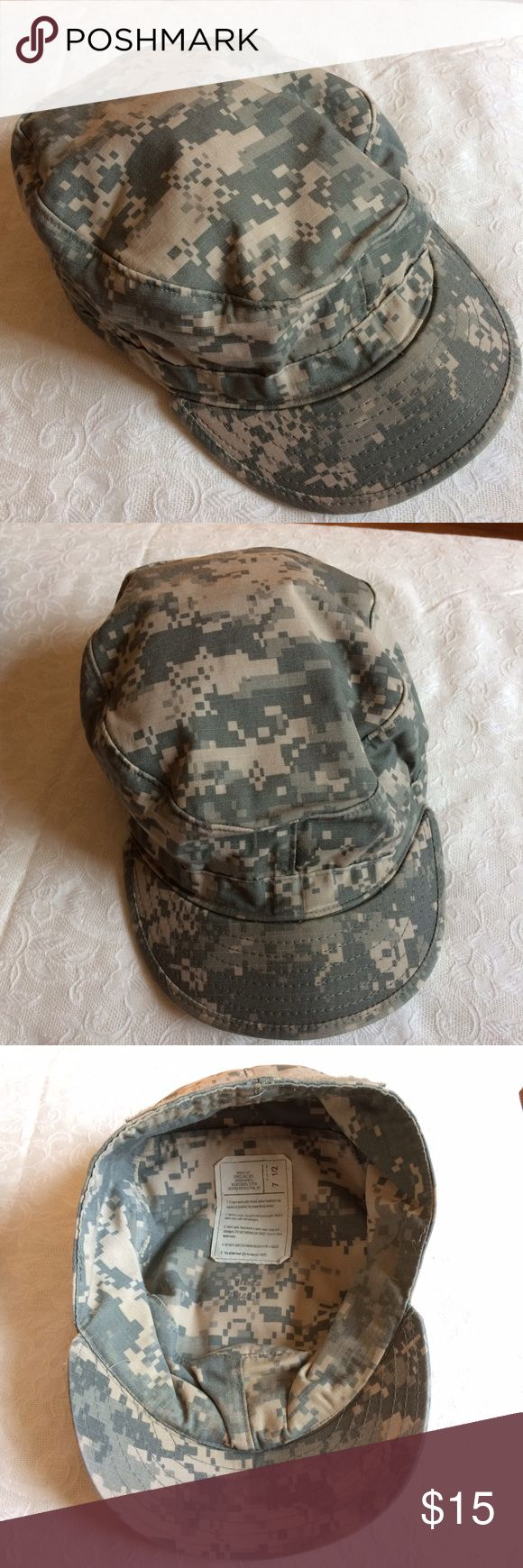 US ARMY digital camouflage patrol cap -- size 7.5 Genuine military issue. In well-worn condition. 50% nylon, 50% cotton. Accessories Hats