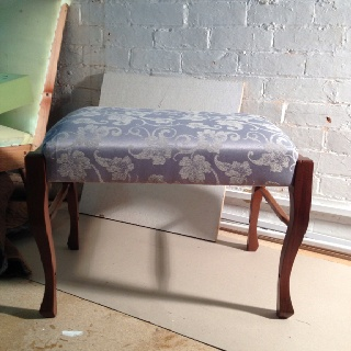 Using the front legs of two broken dining chairs I have recycled them to make a piano stool.