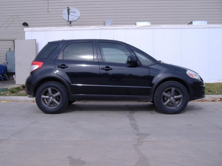 Suzuki SX4 lift kit - the RRO lift-kit installed on my car along with 215/70 R16 Falken High Country A/T tires.