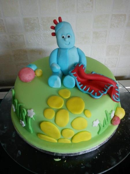 Iggle Piggle cake by Mumsnet poster Theicingontop