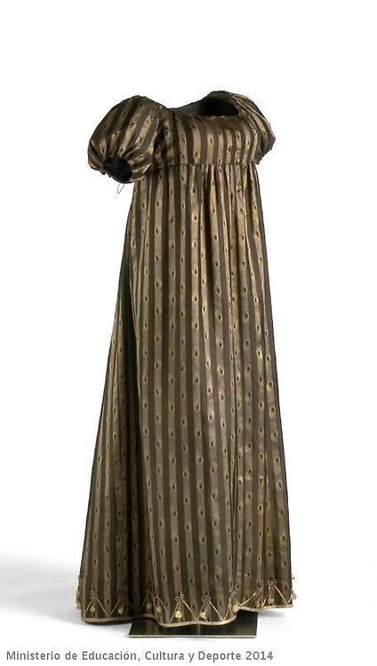 Dress 1795 Museo del Traje - OMG that dress!