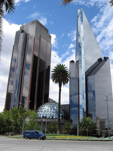 Bolsa Mexicana de valores.  Arq: Juan José Díaz Infante  image hosted on flickr